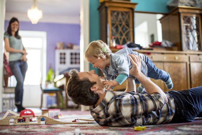Klausimai, kurių reikia klausti renkantis kochlearinį implantą savo vaikui